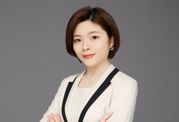 Li Hui, Mia