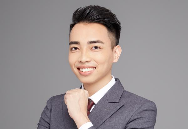 Dong Wei, Steven